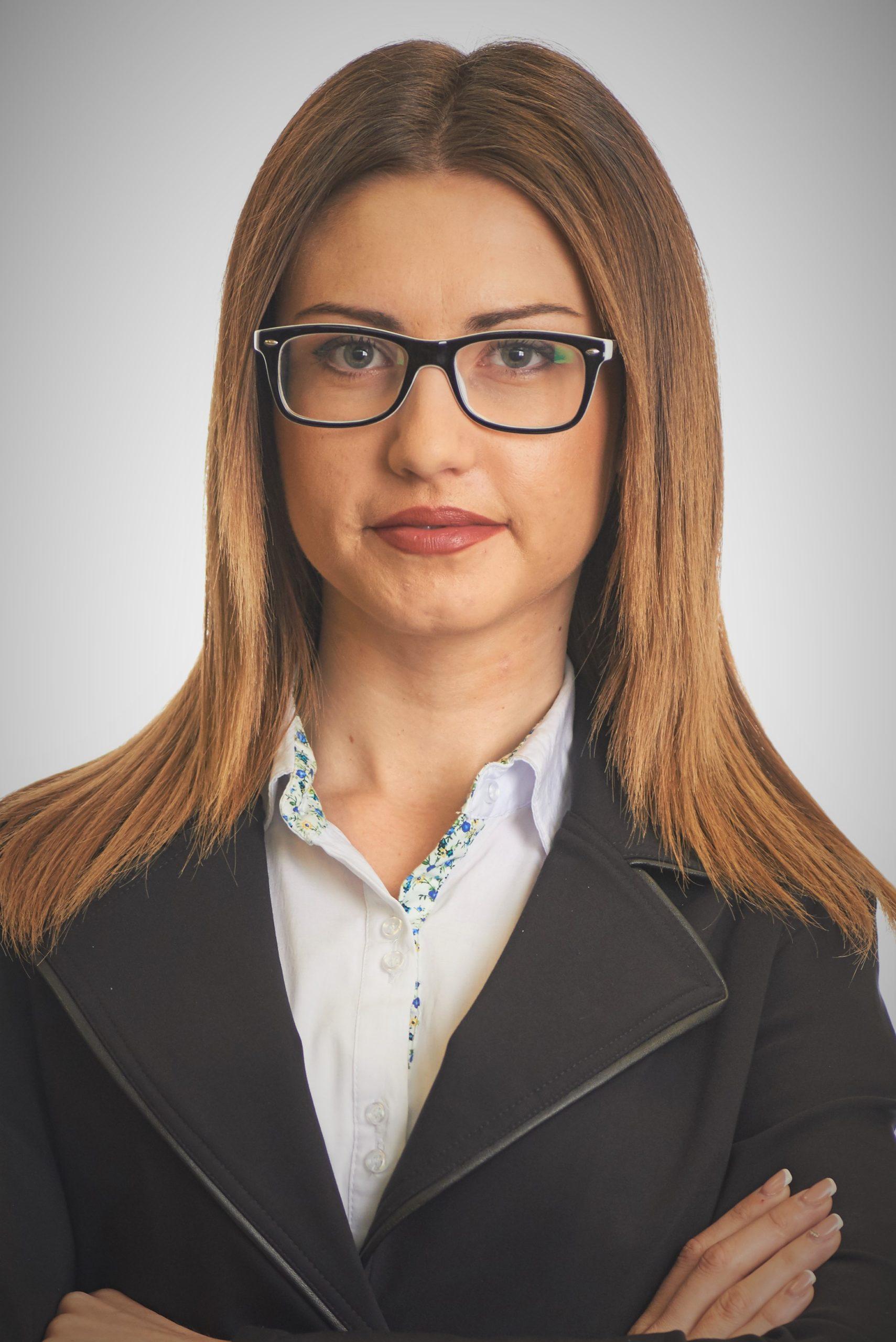 Адвокатски сътрудник Бетина Манчева